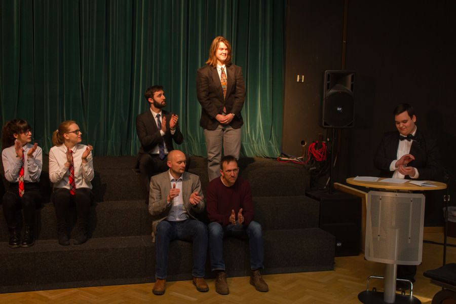 18.03.08 Theater Ag Club Der Toten Dichter 03