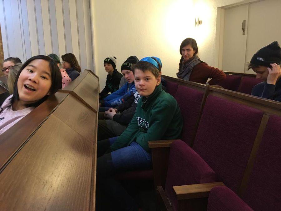 18.12.12 Synagogenbesuch7.jg 03