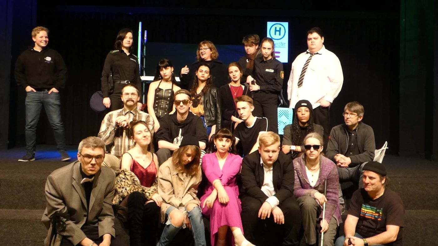 20.01.24 Theater Haltestelle.geister 01