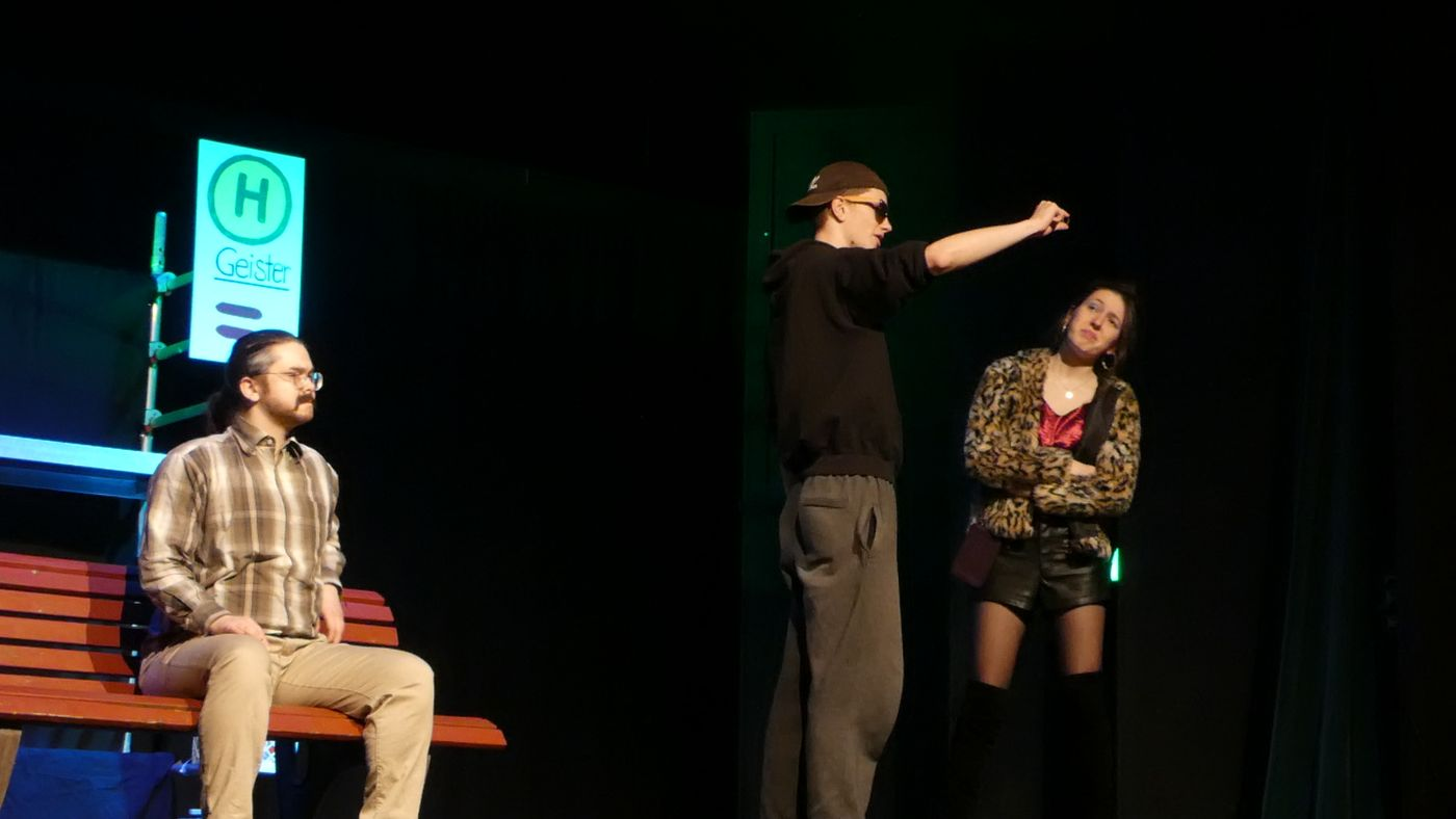 20.01.24 Theater Haltestelle.geister 12